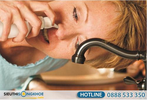cách vệ sinh mũi họng